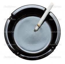 rokok dan asbak